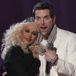 Christina Aguilera coccola il suo concorrente Chris Mann