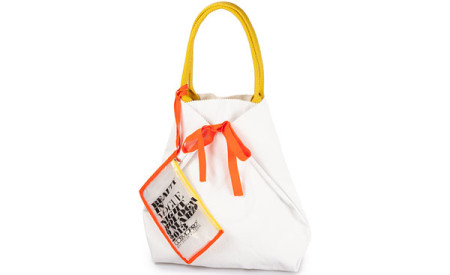 Beauty in Vogue 2013: Mandarina Duck presenta la Shopper MD in Vogue
