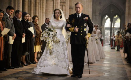 The Crown: l'abito da sposa è costato quasi 34mila euro
