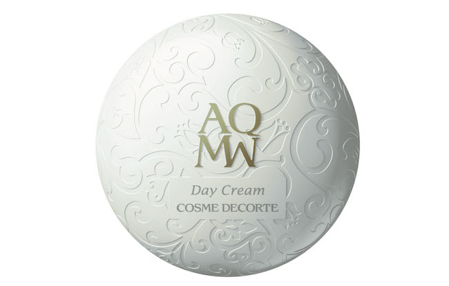 Crema viso AQMW Day Cream di Decorte stimola glutatione